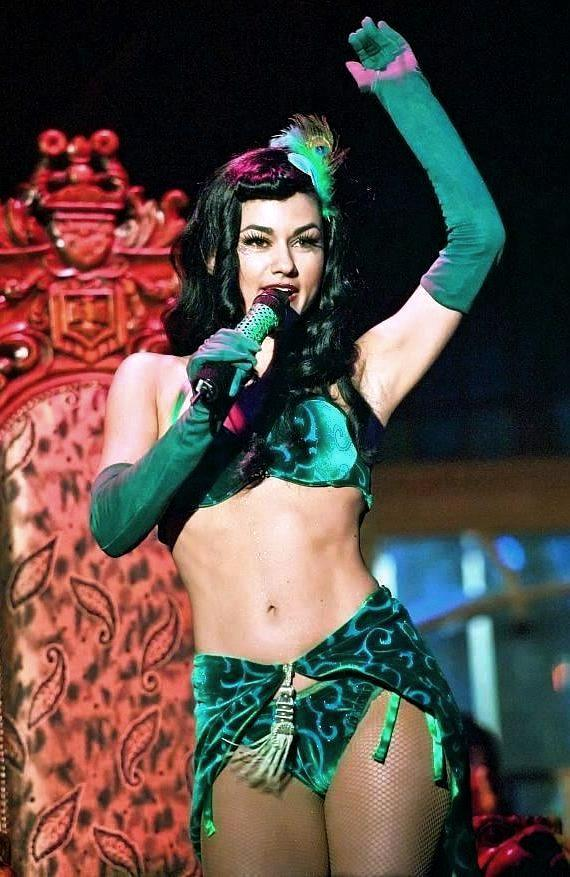 """Melody Sweets as """"The Green Fairly"""" in the hit show ABSINTHE"""