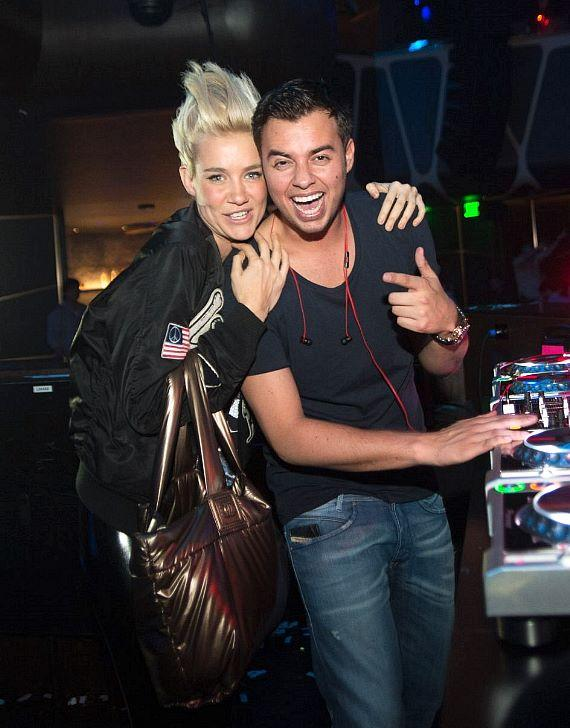 Mim Nervo with DJ Quintino at Hakkasan Las Vegas