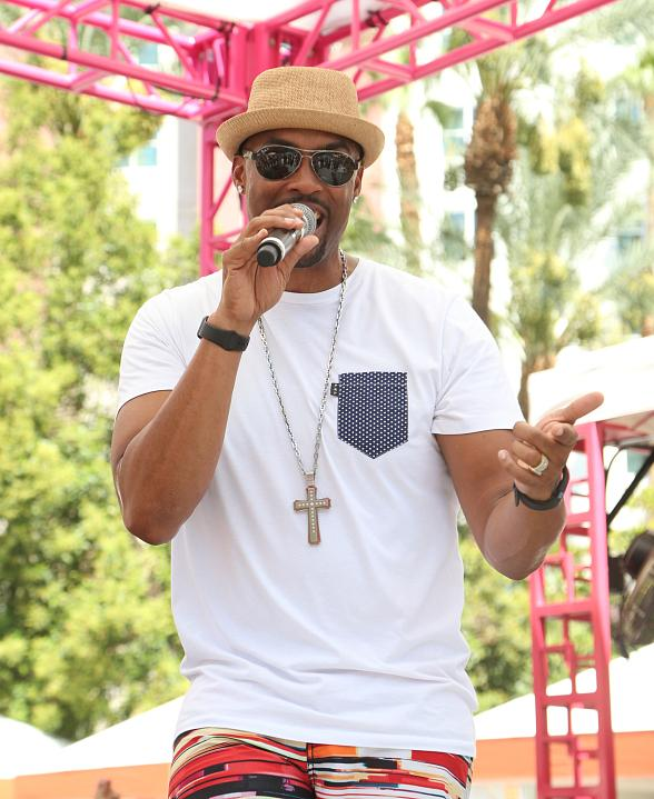 Montell Jordan Performs Live at the Flamingo Go Pool in Las Vegas