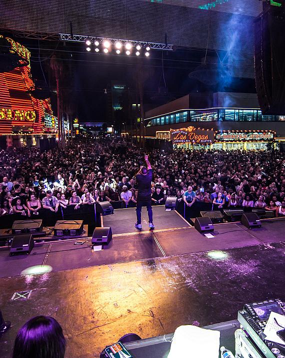 Nelly pumps up the crowd with unforgettable performance during Downtown Rocks at Fremont Street Experience9