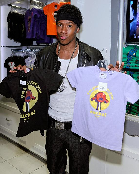 Nick Cannon picks out 'his and hers' matching Sugar Factory branded t-shirts for the twins