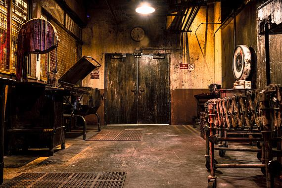 "A room inside the ""Official SAW Escape Experience"" in Las Vegas"