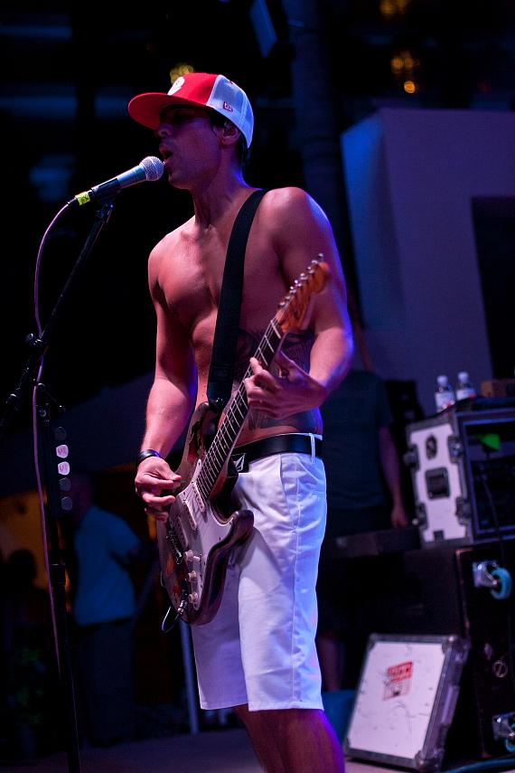 Pepper Performs at SOUNDWAVES at Hard Rock Hotel & Casino