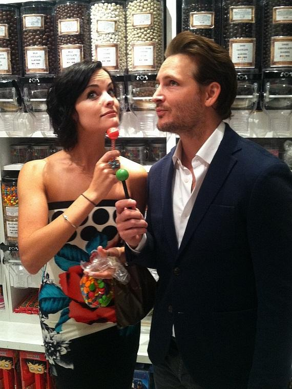 Peter Facinelli and Jaimie Alexander with Sugar Facotry Couture Pops