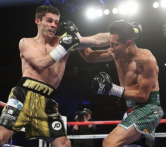 """Francisco """"El Bandido"""" Vargas (24-2, 17 KOs) scored a ninth-round technical unanimous decision victory against Stephen """"Swifty"""" Smith (25-4, 15 KOs)"""