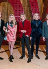 Ross Lynch Celebrates 21st Birthday with R5 at The Venetian Las Vegas