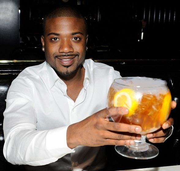 Ray J enjoys a Sunshine Tea at Sugar Factory in Las Vegas
