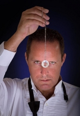 World Renowned Comedy Hypnotist Richard Barker Performs at The Orleans Showroom Aug. 26
