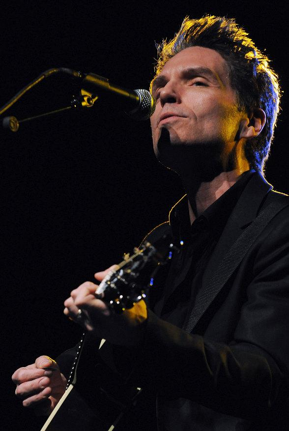 Richard Marx Performs at Orleans Showroom