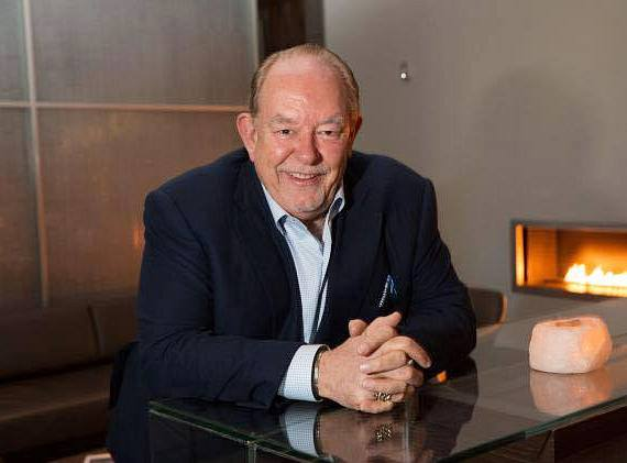 Entertainment columnist Robin Leach