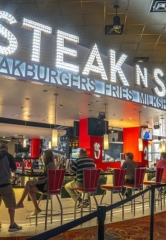 Hooters Casino Hotel Las Vegas Opens the Largest Steak 'n Shake Location in the World