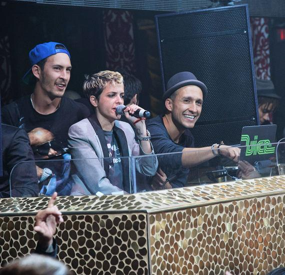 Samantha Ronson and DJ Vice at TAO