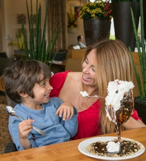 Treat Mom to Something Sweet this Mother's Day at Sammy's Woodfired Pizza & Grill