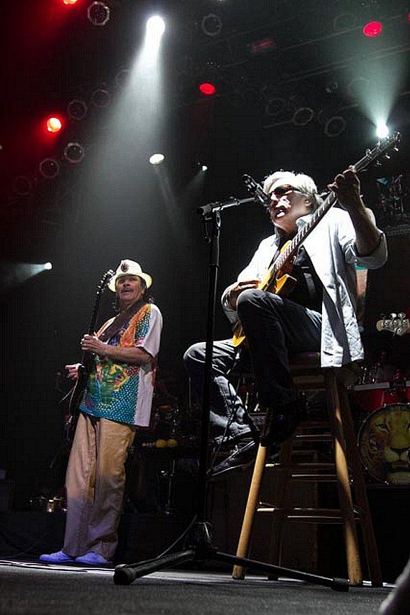 Jose Feliciano Joins Carlos Santana at House of Blues