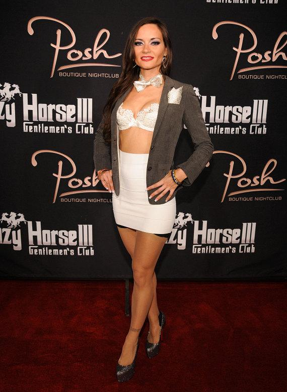 Sarah Tressler's meet-and-greet and performance at Crazy Horse III in Las Vegas