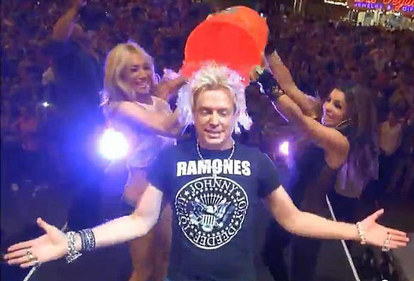 Chris Phillips of Zowie Bowie Takes the ALS Ice Bucket Challenge