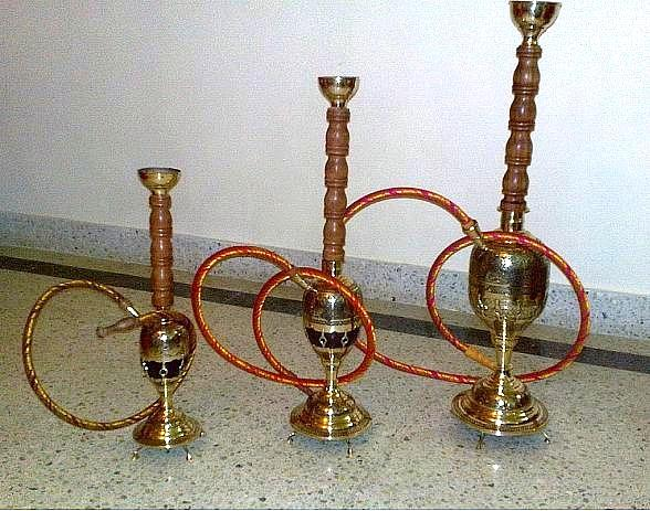 A Guide to Picking the Best Shisha Flavor According to Your Mood