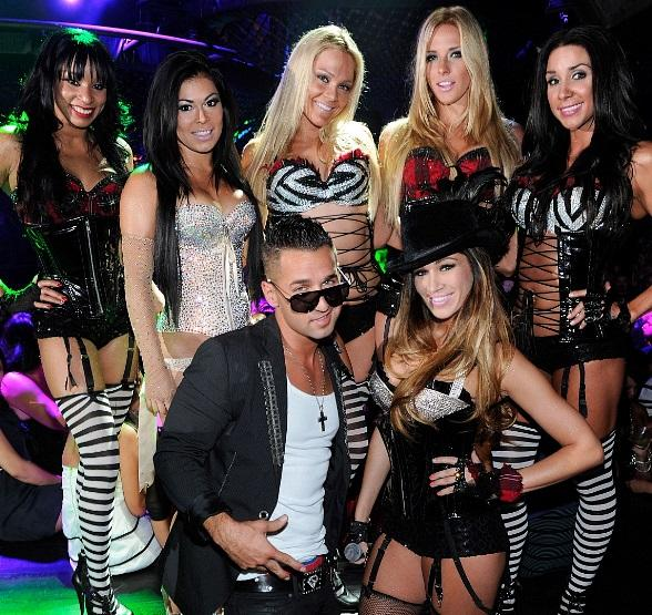 """Mike """"The Situation""""  Sorrentino with Pussycat Dolls"""
