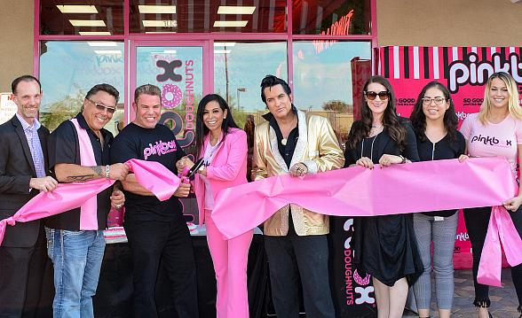 Pinkbox Doughnuts Hosts Ribbon Cutting Ceremony for New Southwest Location in Las Vegas