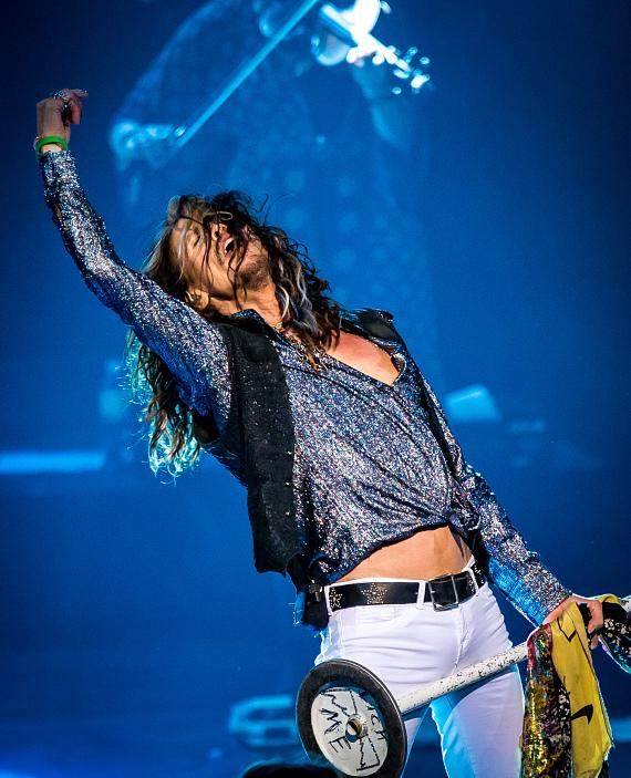 "Steven Tyler ""Out On A Limb"" tour kicks off at The Venetian Las Vegas"