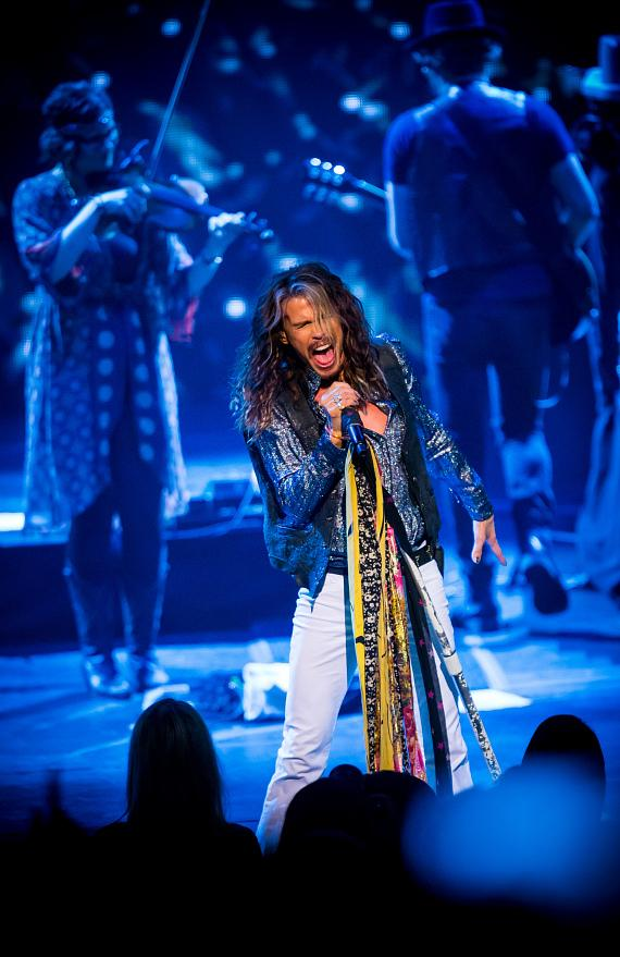 """Steven Tyler kicks off his Highly Anticipated """"Out On A Limb"""" Solo Tour at The Venetian Las Vegas"""