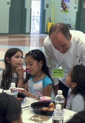 Wynn Las Vegas Treated Dean Petersen Elementary Students to an Afternoon of Food and Stories to Support Spread the Word Nevada