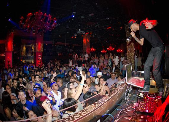 Swizz Beatz spins at TAO Las Vegas