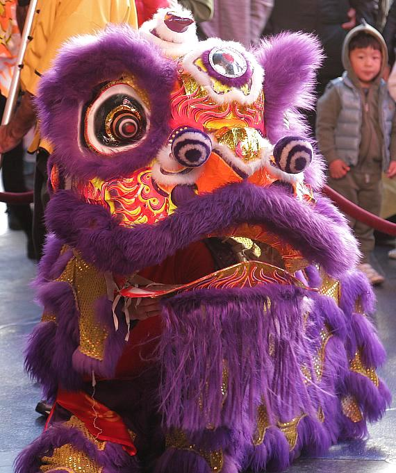 """The Cosmopolitan of Las Vegas Concludes Chinese New Year Celebration with Traditional """"Dotting of the Eyes"""" Ceremony and Lion Dance"""