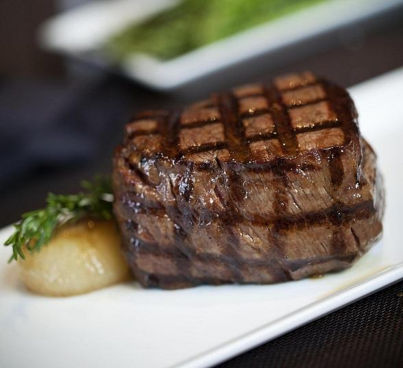 Tender Steak & Seafood to Celebrate National Filet Mignon Day