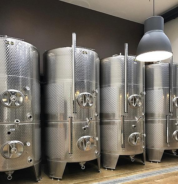 Tanks Custom Made in German Stainless Steel for Pahrump Valley Winery Expansion