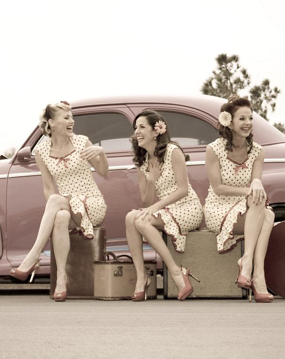 The Swing City Dolls will lend their 3 part harmonies and throwback style to Christmas Crooner