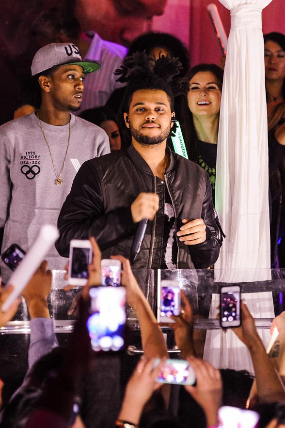 R&B Sensation The Weeknd Kicks Off New Year's Eve Festivities with Performance at PURE Nightclub