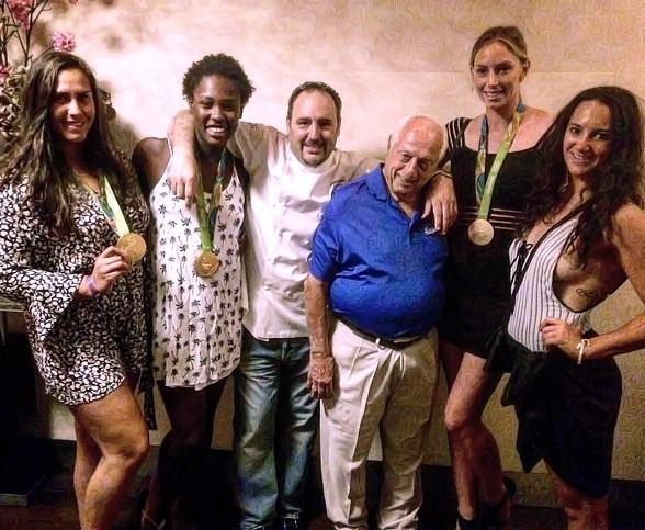 "Thomas ""Tommy"" Lasorda Dines at N9NE Steakhouse with 2016 Women's USA Olympic Water Polo Team at Palms Casino Resort"