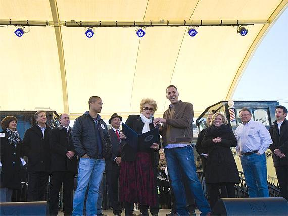 Tony Hsieh, Carolyn Goodman, Fred Mossler (Container Park Day promclaimation)