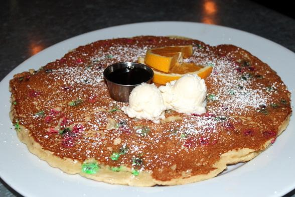 "Hash House A Go Go Creates a ""Toy Tractor Driver"" Pancake to Benefit 15th Annual 98.5 KLUC Toy Drive"