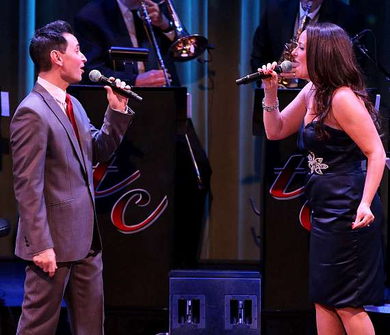"Travis Cloer and Niki Scalera perform in ""Christmas at My Place"" at The Smith Center in Las Vegas"