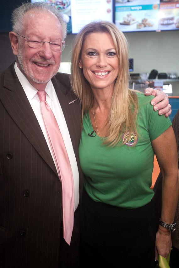 Oscar Goodman and Dina Mitchell at Topical Smoothie