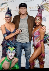 "Vegas Golden Knights Player William Karlsson at ""Mystère"" by Cirque du Soleil"