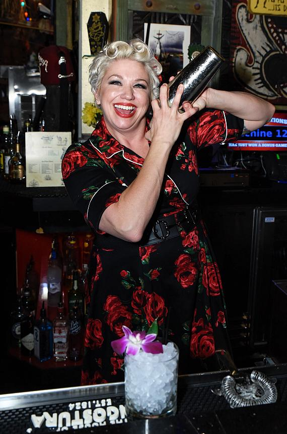 """Wendy Hodges from Fusion Bar served the """"Pearl Diver"""""""