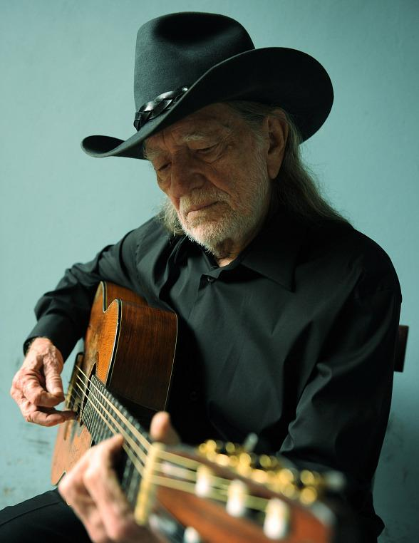 Willie Nelson & Family to Perform at The Cosmopolitan of Las Vegas Jan. 8, 2016