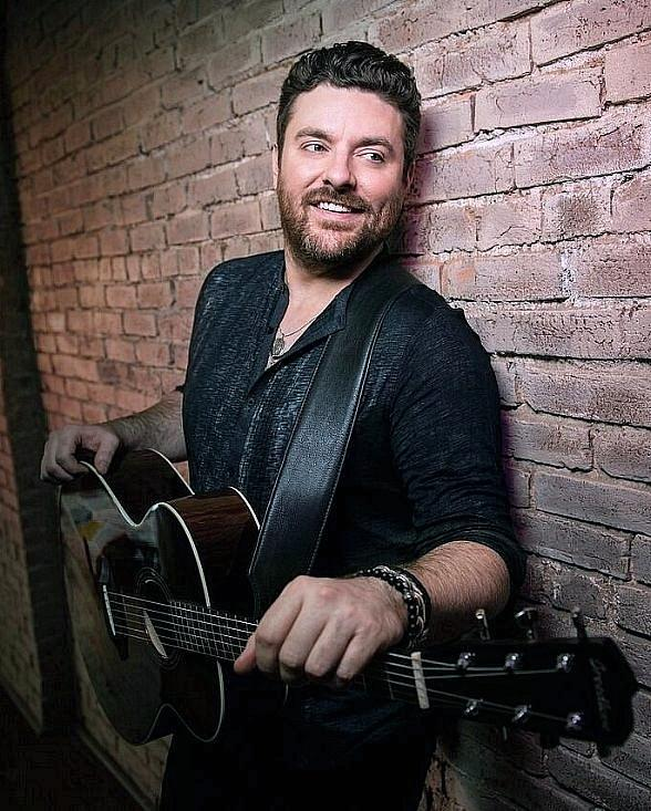"Chris Young's ""Raised on Country Tour 2019"" to Make Las Vegas Stop at MGM Grand Garden Arena August 17"