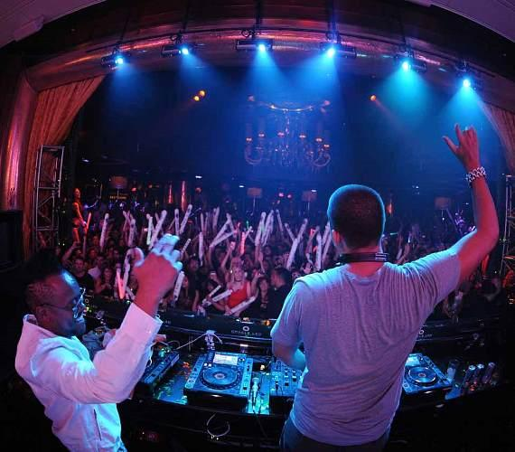 will.i.am and Afrojack at XS Nightclub
