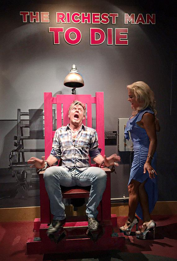 Chris Phillips and Nieve Malandra of Zowie Bowie at The Mob Museum