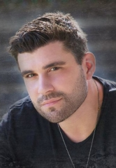 U.S. Marine Veteran and Country Star Josh Gracin to Perform at Wet'n'Wild Las Vegas July 7