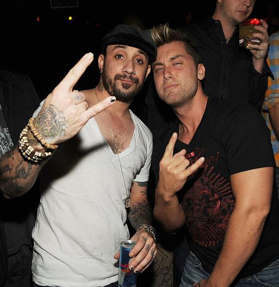 AJ McClean and Lance Bass at LAVO (Photo Credit: Denise Truscello)