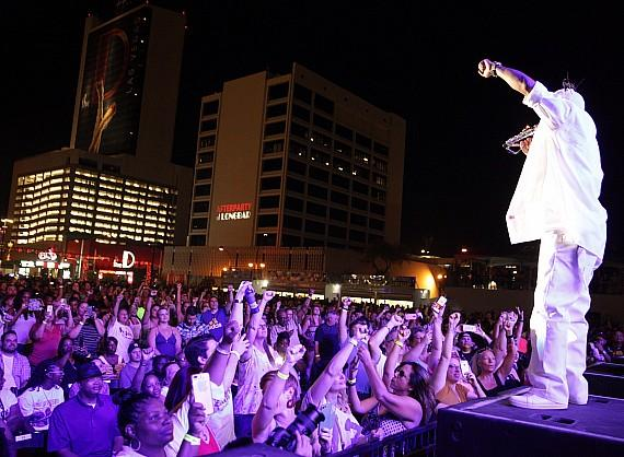 """Coolio performs for crowd at Downtown Las Vegas Events Center during """"I Love The 90s"""" concert"""