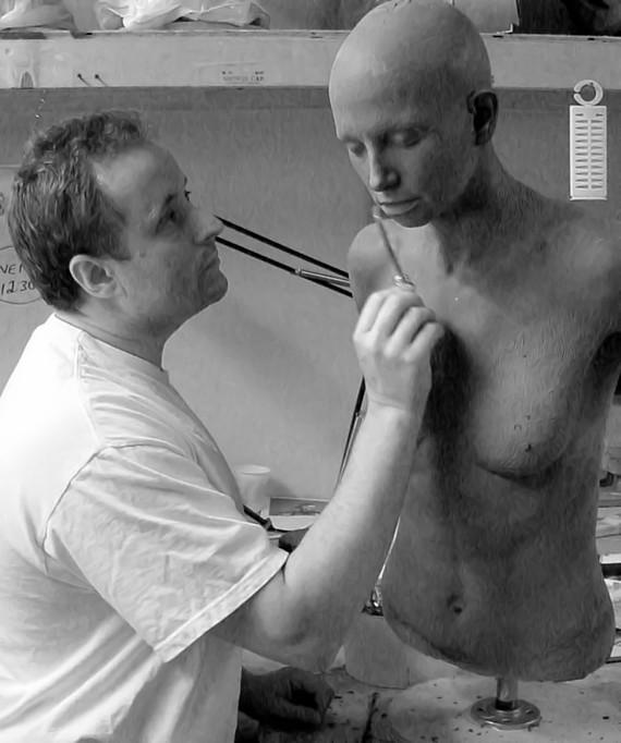 Famed Hollywood FX artist Gary J. Tunnicliffe (Gone Girl, Hellraiser, Halloween, Exorcist)