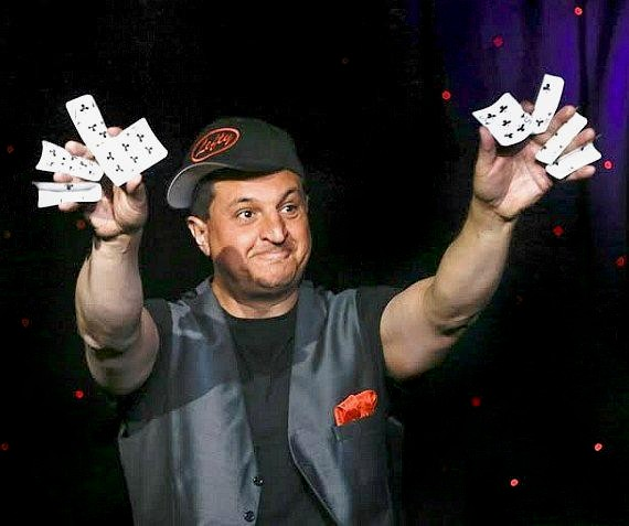 """Douglas 'Lefty' Leferovich performs in """"MURRAY Celebrity Magician"""" at Planet Hollywood in Las Vegas"""