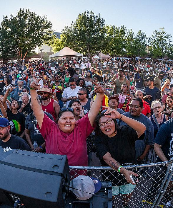 """Sold-Out """"Reggae in the Desert"""" Brings Positive Vibes to Downtown Las Vegas"""