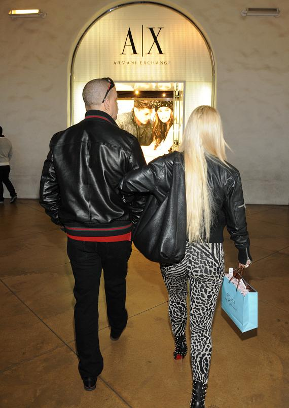 Ice-T and Coco shop at Town Square Las Vegas